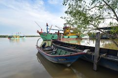 Hutan Melintang fiskeläge royaltyfri fotografi