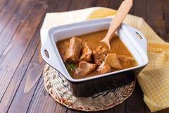 Hutspot met vlees Stock Foto's
