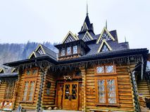 Hutsul autentyczna restauracja w Yaremche, Carpathians, Ukraina fotografia royalty free