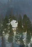 hutte alpestre Photographie stock libre de droits
