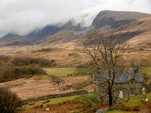 Hutte dans les montagnes, snowdonia, Pays de Galles, R-U Photos stock