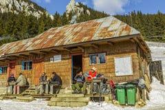 Hutte de Curmatura, Piatra Craiului, Roumanie Images libres de droits