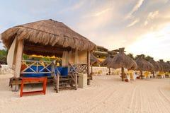 Hutte de massage sur la mer des Caraïbes Photographie stock libre de droits