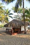 Hutte de massage sur la plage Photographie stock
