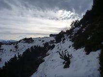 Hutte de montagne de hutte de Hofpurgl dans les alpes autrichiennes Photographie stock libre de droits
