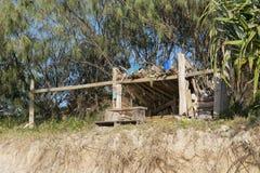 Hutte de plage de bois de flottage Image libre de droits
