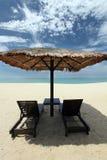 Hutte de plage par la mer Photo libre de droits