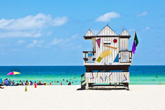 Hutte en bois de montre de compartiment à la plage à Miami du sud photo stock