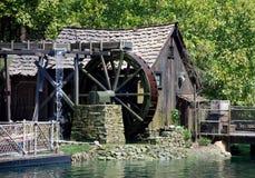 Hutte et moulin dans disneyland Photos stock