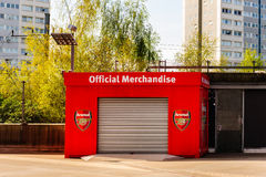 Hutte officielle de marchandises à l'Emirates Stadium Photo stock