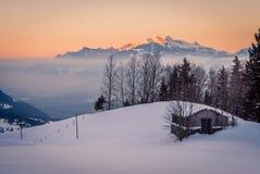 Hutte perdue dans la montagne Image libre de droits