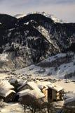 Hutten bij Alpen royalty-vrije stock afbeelding