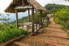 Hutten voor het bekijken van het landschap in Mon Chaem in Chiang Mai, Thail Stock Foto