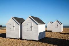 Huttes blanches de plage, affaire Photo stock