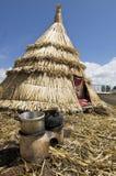 Huttes dans le lac Titicaca Images stock