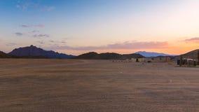 Huttes de nomade de désert au coucher du soleil photo libre de droits