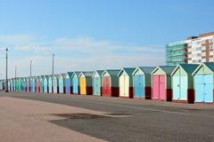 Huttes de plage à soulever, Brighton, Angleterre photo libre de droits