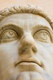 Huvud av den forntida statyn Royaltyfri Bild