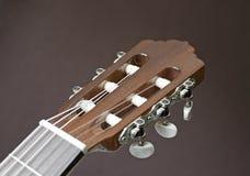 Huvud av en klassisk gitarr Arkivfoto