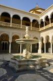 Huvudborggård i Casa de Pilatos royaltyfria bilder