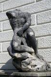 Huvudlös kvinnaskulptur i Rijeka, Kroatien Royaltyfri Bild