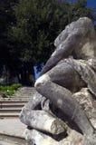 Huvudlös kvinnaskulptur i Rijeka, Kroatien Arkivbild