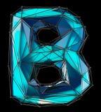 Huvudlatinsk bokstav B i låg poly stilblåttfärg som isoleras på svart bakgrund Royaltyfria Foton