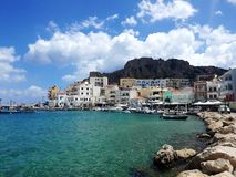 HuvudPigadia, Karpathos ö, Grekland royaltyfria bilder
