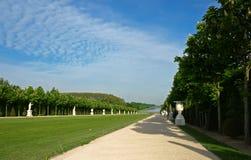 Huvudsaklig aveny av parkera på Versailles Arkivbild