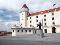 Huvudsaklig borggård av det Bratislava slottet, Slovakien Royaltyfria Foton