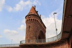 Huvudsaklig bro för porthus i den Miltenberg Tyskland arkivbild