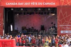 Huvudsaklig etapp på Kanada dagberömmar i Trafalgar Square London 2017 Fotografering för Bildbyråer