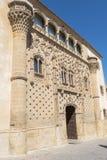 Huvudsaklig fasad för Jabalquinto slott, Baeza, Spanien Royaltyfri Foto