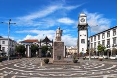 Huvudsaklig fyrkant av Ponta Delgada, SaoMiguel ö, Azores, Portugal Royaltyfri Bild