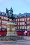 Huvudsaklig fyrkant för Plazaborgmästare, i Madrid fotografering för bildbyråer