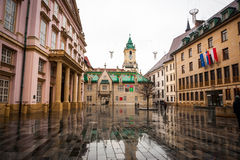 Huvudsaklig fyrkant, Hlavne Namestie i Bratislava, Slovakien Royaltyfria Foton