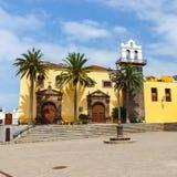 Huvudsaklig fyrkant i Garachico, Tenerife, Spanien royaltyfria foton