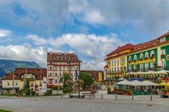 Huvudsaklig fyrkant i Mariazell, Österrike arkivfoto