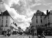 Huvudsaklig gata i Tours Royaltyfria Foton