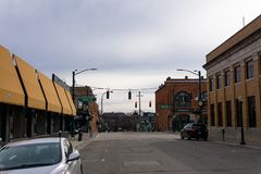 Huvudsaklig gata, Rochester Michigan arkivfoton