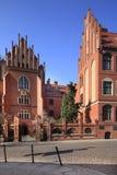 Huvudsaklig historisk byggnad för Mikolaj Copernicus universitet i Torun, Polen Royaltyfri Fotografi
