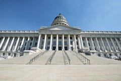 Huvudsaklig ingång för Utah statKapitolium Royaltyfri Bild