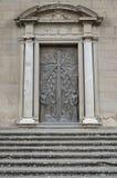 Huvudsaklig ingång till domkyrkan av San Lorenzo, Viterbo Royaltyfri Fotografi