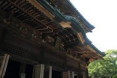 Huvudsaklig korridor av den Kencho jien i Kamakura, Japan fotografering för bildbyråer