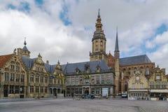 Huvudsaklig marknadsfyrkant, Veurne, Belgien royaltyfri bild