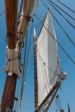 Huvudsaklig mast och klyvare Royaltyfria Foton