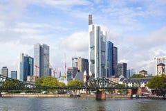 Huvudsakliga Frankfurt - förmiddag -, Tyskland. royaltyfri fotografi