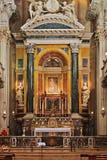 Huvudsakligt altare av barockkyrkan Santa Maria della Vita Arkivbild