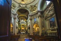 Huvudsakligt altare av barockkyrkan Santa Maria della Vita Arkivfoto