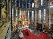 Huvudsakligt altare av Matthias Church i Budapest, Ungern fotografering för bildbyråer